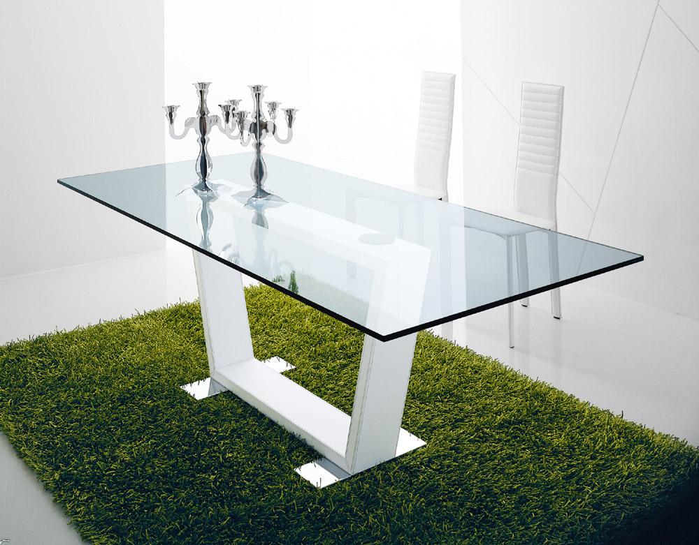 Стеклянный стол - красивый и практичный (40 вариантов).