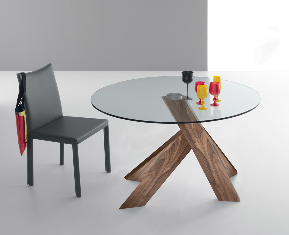 Moa dining tables Round glass dining table